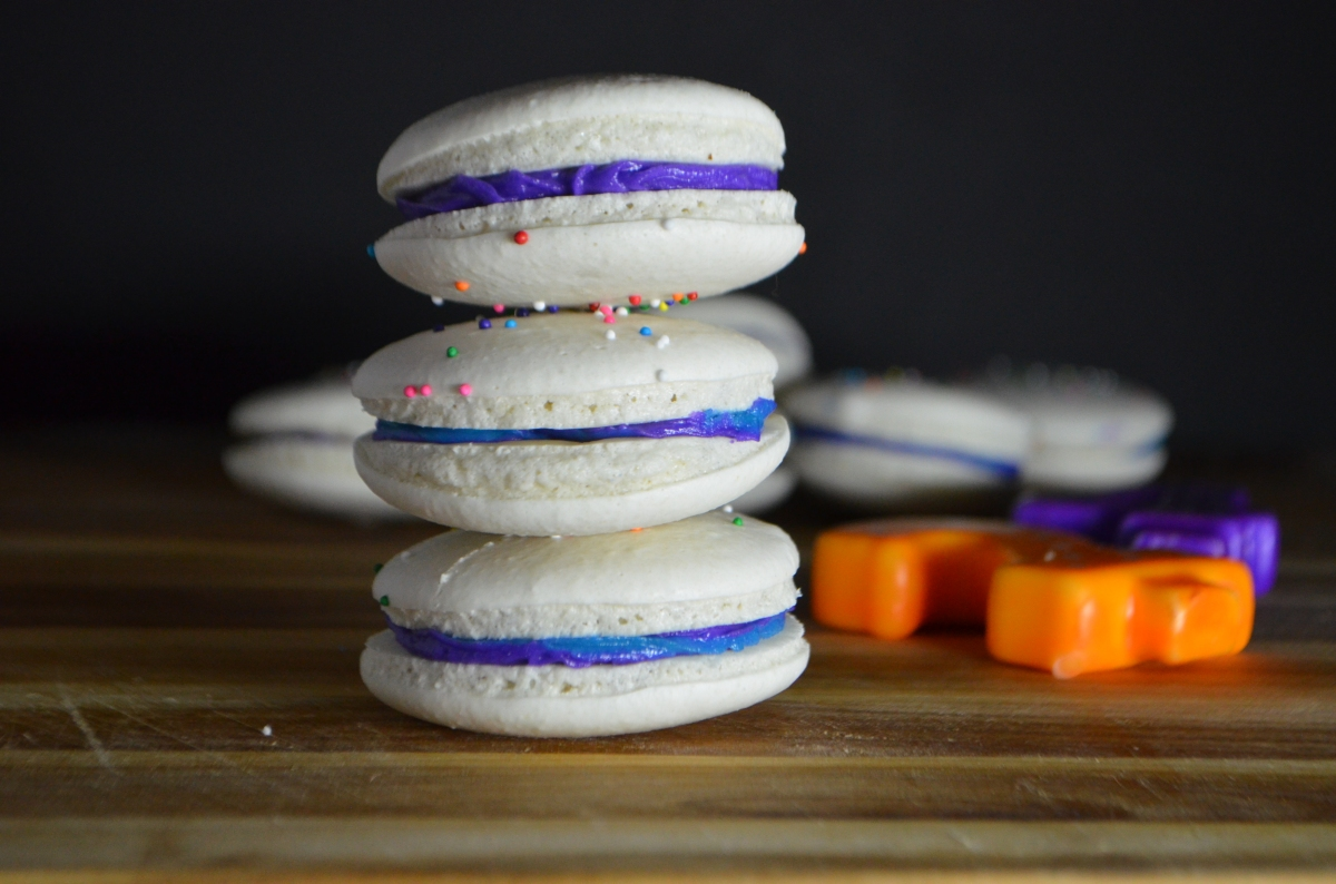 Peachy Birthday Cake Macarons With Funfetti Filling Avocados And Ales Funny Birthday Cards Online Aeocydamsfinfo